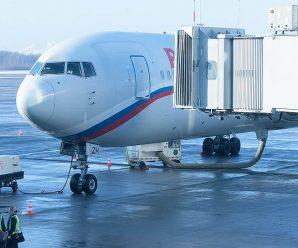 Пассажиры рейса Санкт-Петербург — Пекин ожидают посаду уже 17 часов
